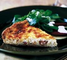 روش تهیه تارت گوشت با پنیر و پیاز