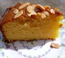 آموزش  تهیه کیک گلابی با بادام